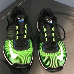 Men's Nike shoes 11.5